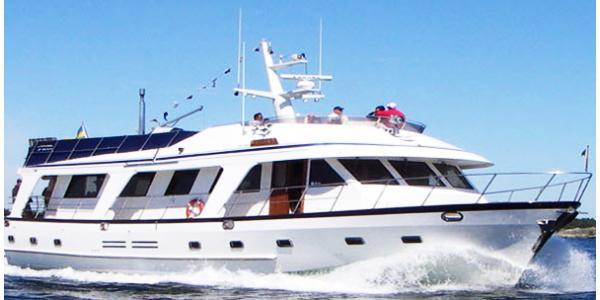 Middagskryssning på yacht