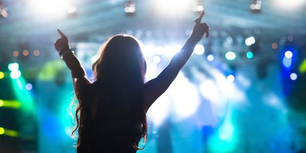 Melodifestival, aktivitet och fest samtidigt